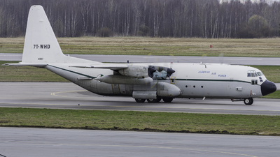 A picture of 7TWHD - Lockheed C130H30 Hercules -  - © Andrei Volf