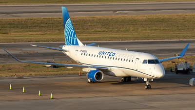 N85370 - Embraer 170-200LL - United Express (Mesa Airlines)