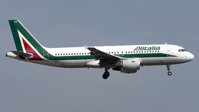 A picture of IBIKA - Airbus A320214 - Alitalia - © Daniel Veronesi - RomeAviationSpotters
