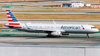 N989AU - Airbus A321-231 - American Airlines