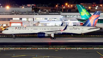 N820DX - Boeing 757-26D - Delta Air Lines