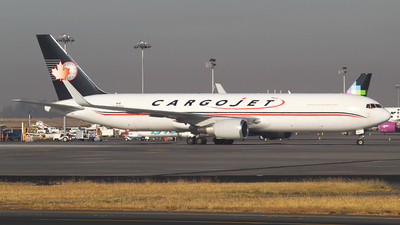 A picture of CFCCJ - Boeing 767323(ER)(BDSF) - Cargojet Airways - © Alejandro Aceves