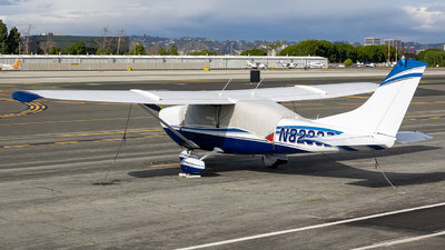 N8233Z - Cessna 210-5 Centurion - Private