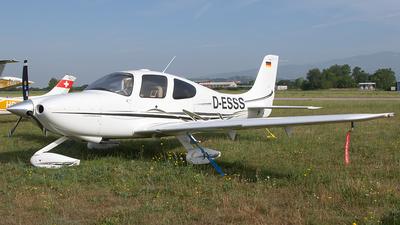 D-ESSS - Cirrus SR20-G2 - Private