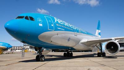 A picture of LVFNK - Airbus A330223 - Aerolineas Argentinas - © Mariela Camerano
