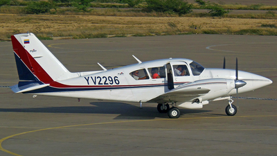 YV2296 - Piper PA-23-250 Aztec F - Private