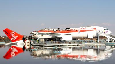 TC-FLJ - Airbus A300B2K-3C - Private