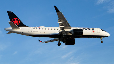 A picture of CGROV - Airbus A220300 - Air Canada - © EdwardS