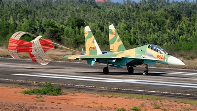8523 - Sukhoi Su-27UBK Flanker C - Vietnam - Air Force