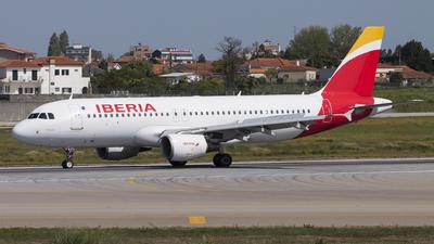 EC-LRG - Airbus A320-214 - Iberia