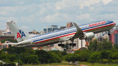 A picture of N352AA - Boeing 767323(ER) - [24033] - © João Machado