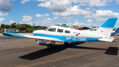 HP-1579BL - Piper PA-28-181 Archer III - HP Flight School Division