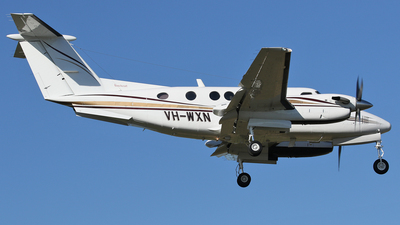 VH-WXN - Beechcraft B200 Super King Air - Private
