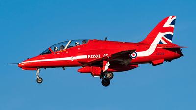XX319 - British Aerospace Hawk T.1 - United Kingdom - Royal Air Force (RAF)