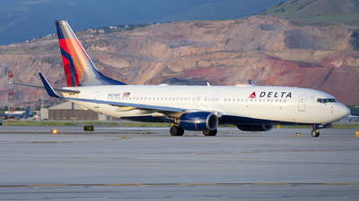 A picture of N3748Y - Boeing 737832 - Delta Air Lines - © Michael Rodeback