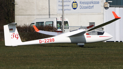 D-2288 - Schempp-Hirth Cirrus - Private