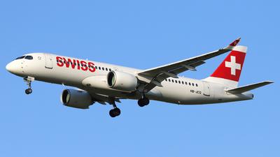 A picture of HBJCQ - Airbus A220300 - Swiss - © László Kurilla