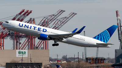 A picture of N674UA - Boeing 767322(ER) - United Airlines - © John Newsome