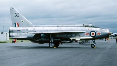 XM182 - English Electric Lightning F.1A - United Kingdom - Royal Air Force (RAF)