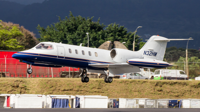 N32HM - Bombardier Learjet 35 - Private