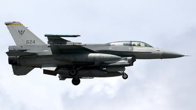 624 - Lockheed Martin F-16DJ Fighting Falcon - Singapore - Air Force