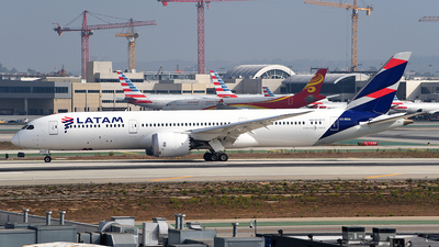 A picture of CCBGA - Boeing 7879 Dreamliner - LATAM Airlines - © Rocky Wang