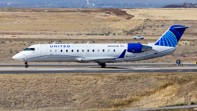 A picture of N452SW - Mitsubishi CRJ200LR - United Airlines - © HA-KLS