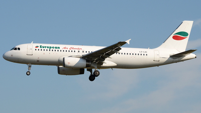 LZ-LAC - Airbus A320-231 - European Air Charter (EAC)