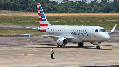 A picture of N285NN - Embraer E175LR - American Airlines - © Wiliam Braun