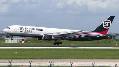 A picture of B1423 - Boeing 767338(ER)(BCF) - SF Airlines - © ifly0015