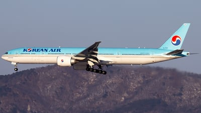 HL7205 - Boeing 777-3B5ER - Korean Air