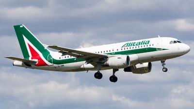 A picture of EIIMW - Airbus A319112 - Alitalia - © Marco Zanatta