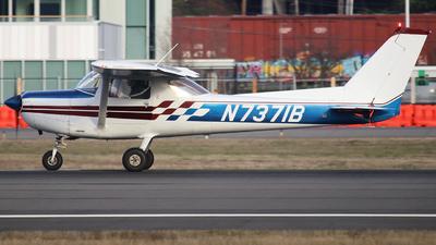 N7371B - Cessna A152 Aerobat - Private