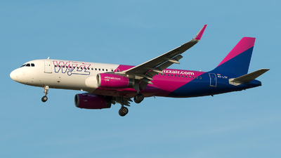 A picture of HALYH - Airbus A320232 - Wizz Air - © Szabó Imre