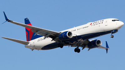 A picture of N908DN - Boeing 737932(ER) - Delta Air Lines - © Alec Mollenhauer
