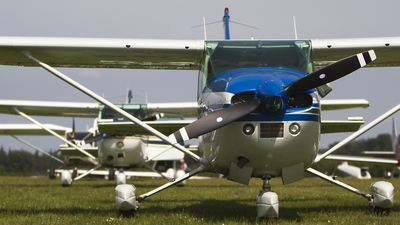 OO-SIG - Cessna 182P Sealane - Private