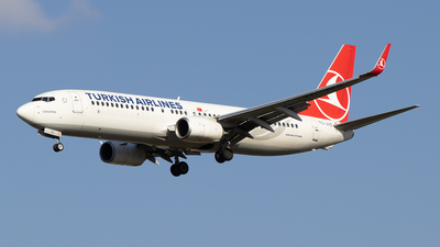 A picture of TCJVS - Boeing 7378F2 - Turkish Airlines - © Pierre Pm