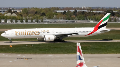 A picture of A6ECG - Boeing 77731H(ER) - Emirates - © subing27