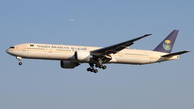A picture of HZAK14 - Boeing 777368(ER) - Saudia - © Zongzha_Kaiguan