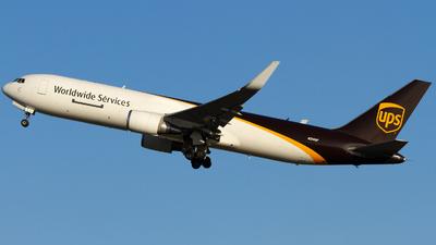 N314UP - Boeing 767-34AF(ER) - United Parcel Service (UPS)