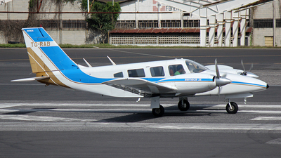 TG-RAB - Piper PA-34-200T Seneca II - Private