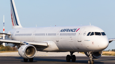 A picture of FGTAH - Airbus A321212 - Air France - © William Verguet
