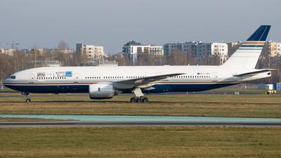 EC-MUA - Boeing 777-212(ER) - Privilege Style