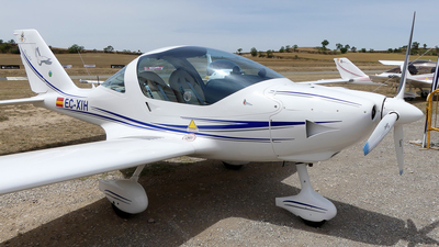 A picture of ECXIH - TL Ultralight TL2000 Sting - [110312572] - © Javier González