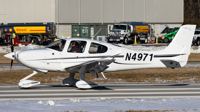 N4971 - Cirrus SR22 - Private