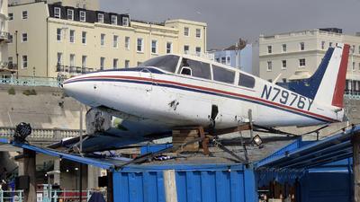 N7976Y - Piper PA-30-160 Twin Comanche B - Private