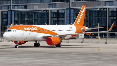 OE-IZF - Airbus A320-214 - easyJet Europe