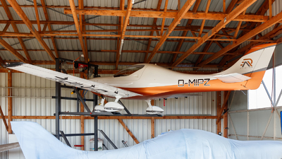 A picture of DMIPZ - Aerospool WT9 Dynamic - [DY074/2005] - © Oliver Richter
