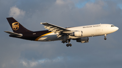 A picture of N167UP - Airbus A300F4622R - UPS - © JTPAviation