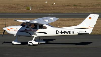 D-MWKR - TL Ultralight TL-3000 Sirius - Private